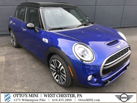 New 2019 MINI Hardtop 4 Door Iconic